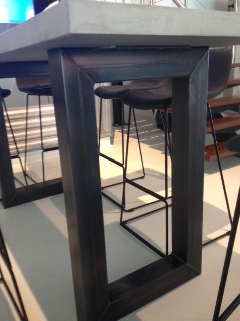 Mooie design producten perfect passend bij het ontwerp van dit project van Woodstack Breda