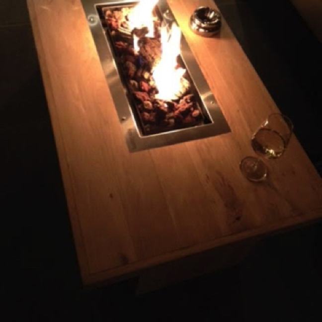 Eikenhouten vuurtafel met gaselement